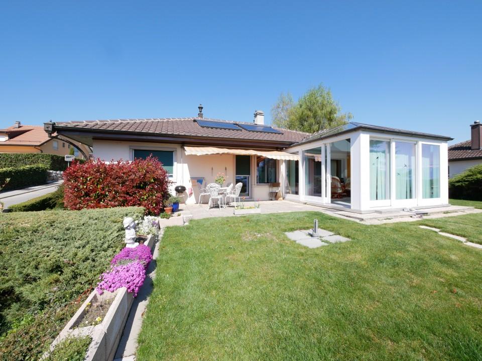 Magnifique villa, piscine, pompe à chaleur, panneaux solaires, réserve construction 1 étage